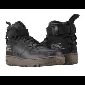 NIB! Nike Air Force 1 Sf High top sneakers Sz 8